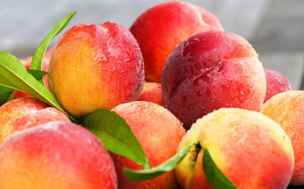 fresh-peach-2203201